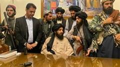 Taliban chiếm dinh tổng thống, tuyên bố chiến tranh kết thúc ở Afghanistan