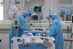 Nữ hộ sinh tăng cường ở bệnh viện dã chiến Bình Dương tử vong vì Covid-19