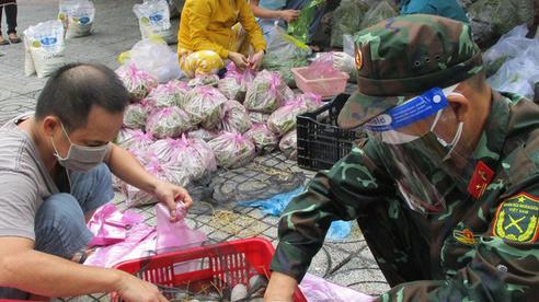 Thủ tướng đề nghị  Bộ Công an xử lý nghiêm hành vi 'bom hàng' ở TP HCM