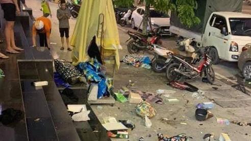 Thông tin mới nhất vụ việc chồng ném quần áo của vợ từ tầng 25 chung cư xuống đất