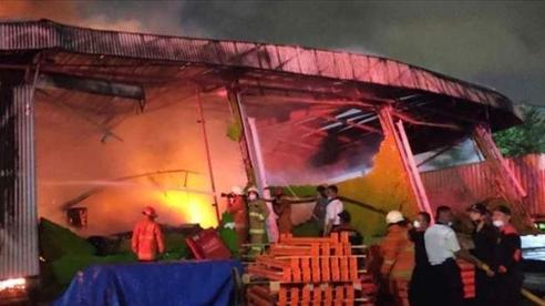Hơn 40 người thiệt mạng trong vụ cháy nhà tù Indonesia