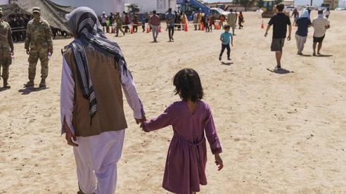 Bên trong trại tị nạn của người Afghanistan trên đất Mỹ