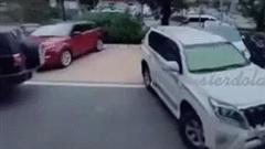 Bị giành chỗ đỗ xe, nữ tài xế có màn trả đũa cực cao tay