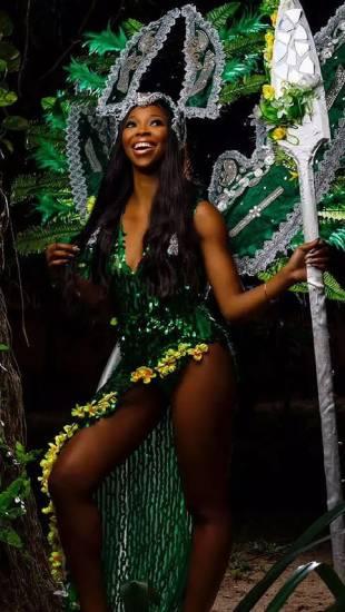 Nữ y tá trở thành 'Cô gái đẹp nhất Nigeria' 2021