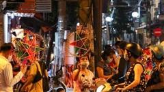 Phó Bí thư Hà Nội: 'Biển người đi chơi Trung thu' thách thức thành quả chống dịch của thành phố