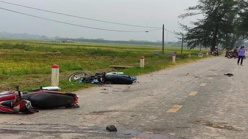 Giây phút kinh hoàng khi nhóm thanh niên đi xe máy lao vào nhau gây tai nạn vào nhau khiến 5 người chết qua lời kể nhân chứng