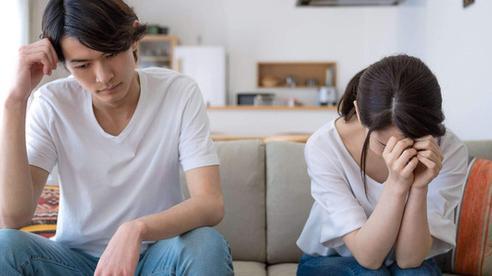 Chồng cố tình quên ví để thử lòng vợ, về đến nhà cô vợ đáo để chỉ dùng 1 cách nhỏ mà anh ta mới vỡ vạc ra vấn đề mình đã sai trầm trọng