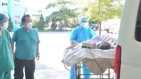 Đà Nẵng cho xuất viện bệnh nhân Covid-19 từng bị tiên lượng tử vong; Quảng Nam giám sát y tế đối với công dân đến/về từ Đà Nẵng