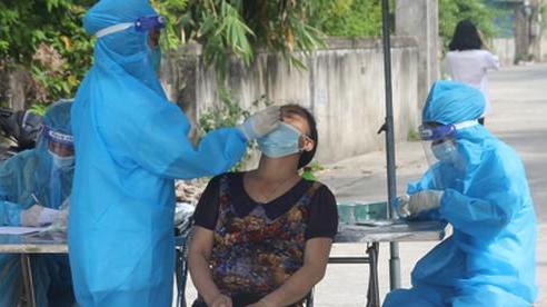 Xét nghiệm cộng đồng, phát hiện 3 học sinh nhiễm SARS-CoV-2