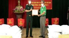 BQP tặng 50 tấn gạo hỗ trợ TP.HCM