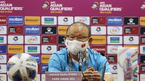 HLV Park Hang Seo phản ứng việc bị truyền thông Trung Quốc 'dựng chuyện'