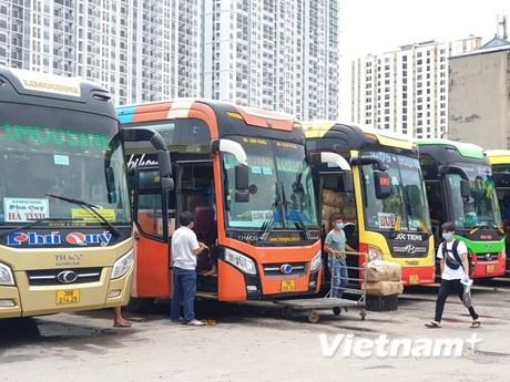 Bộ GTVT thí điểm mở lại vận tải xe khách liên tỉnh từ ngày 13/10