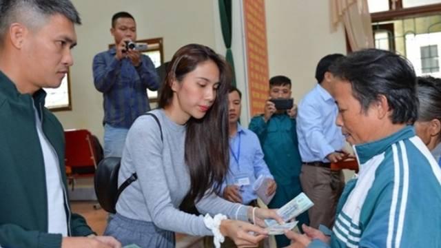 Huyện Thanh Chương báo cáo số tiền Thủy Tiên hỗ trợ ít hơn 102 triệu đồng so với xác nhận năm ngoái