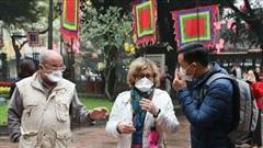 Visa ngắn ngày, lại phải bay vòng: Khách Tây ngán đến Việt Nam