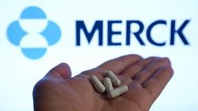 Covid-19: Nga lại chạm đỉnh; cảnh báo về phân phối thuốc điều trị của Merck