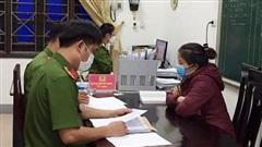 Chiêu trò chủ tịch xã cùng thuộc cấp trục lợi tiền hỗ trợ thiên tai ở Nghệ An
