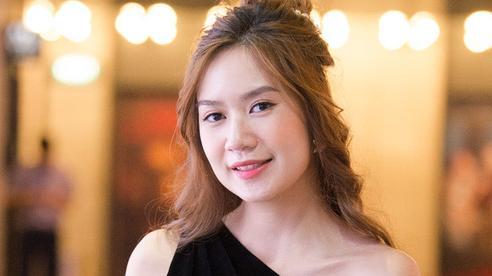 'Nóc nhà quyền lực' không những đẹp mà còn giỏi giang của sao Việt: Vợ Tuấn Hưng có sự nghiệp đáng nể, bất ngờ trước học vấn 'khủng' của vợ Lý Hải
