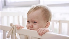 Giúp mẹ vượt qua 10 tuần khủng hoảng của trẻ