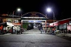 Chợ đầu mối nổi tiếng nhất Hà Nội mở lại sau hai tháng đóng cửa