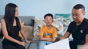 Cười rung rốn với 'bản hợp đồng' của con trai nếu bố mẹ ly hôn