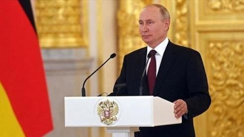 Ông Putin để ngỏ khả năng loại Taliban khỏi danh sách khủng bố