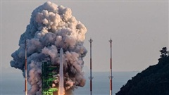 Hàn Quốc 'đón đầu' cuộc đua không gian và tên lửa