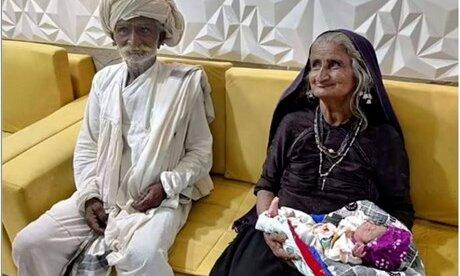 Ấn Độ: Kỳ diệu một bà cụ sinh con đầu lòng ở độ tuổi 70