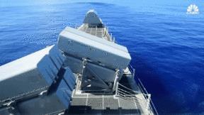 Cận cảnh tàu chiến đắt giá gây tranh cãi nhất của Mỹ