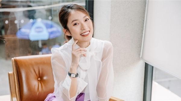Hot girl 7 thứ tiếng Khánh Vy trở thành MC trẻ tuổi nhất của 'Đường lên đỉnh Olympia', truyền cảm hứng cho 'Học cùng chiến binh nhí'