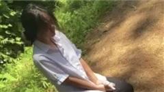 Nữ sinh quỳ gối, bị tát liên tiếp: 'Xin cũng không tha'