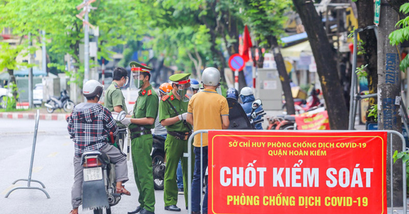 NÓNG: Hà Nội dừng kiểm tra người và phương tiện ra vào ở 22 chốt cửa ngõ