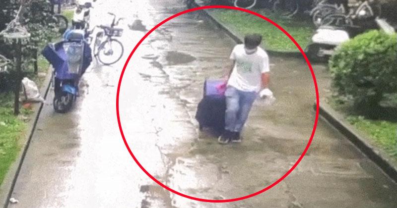 Ám ảnh đoạn băng ghi lại cảnh gã thanh niên sát hại cô gái rồi nhét vào va li bước đi như chưa có chuyện gì