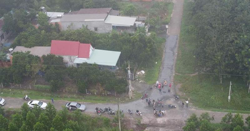 Bay flycam quanh các lô cao su để truy tìm bé trai 2 tuổi mất tích ở Bình Dương