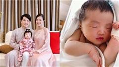 Đông Nhi lần đầu hé lộ khoảnh khắc lúc 1 tuần tuổi của con gái cưng Winnie