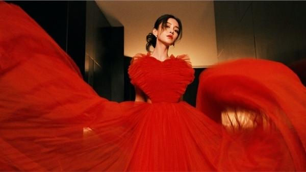 Angelababy bị Dior cho mặc 'hàng tồn kho' dự sự kiện lớn: Được coi trọng hay bị ghẻ lạnh?