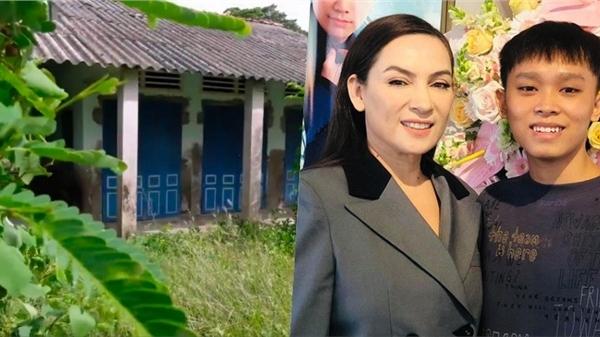 Lan truyền hình ảnh nhà Hồ Văn Cường tại quê bị bỏ hoang: 'Mang tiếng ca sĩ nổi tiếng nhưng nhà không có gì để trộm'