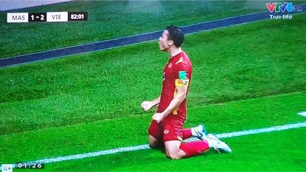 Clip: Quế Ngọc Hải lập công sau cú sút penalty thành công, đưa đội tuyển Việt Nam về thế trận dẫn đầu