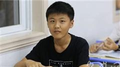 Thí sinh 15 tuổi đạt điểm cao trong kỳ thi tuyển sinh đại học, xếp thứ 893 trong tỉnh