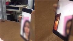 Clip: Chồng ngoại tình với nữ cấp trên xinh đẹp bị vợ bắt quả tang ngay trong cuộc gọi video