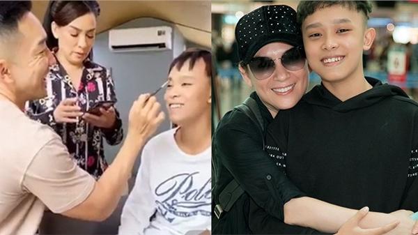 Xôn xao clip cố ca sĩ Phi Nhung thận trọng hỏi ý kiến Hồ Văn Cường trước khi rút tiền làm từ thiện