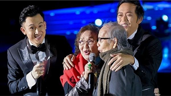 Sao Việt đồng loạt gửi lời chia buồn tới NS Hoài Linh khi bố ruột qua đời